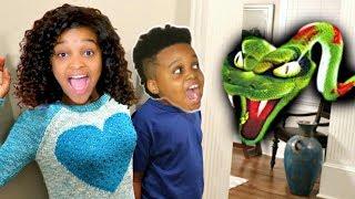DANGEROUS Snake ATTACKS Bad Baby Shiloh And Shasha -  Onyx Kids