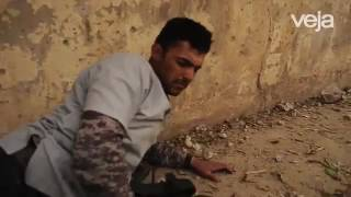 Fotógrafo de Botucatu socorre soldado ferido por carro bomba no Iraque; assista ao vídeo