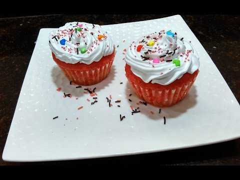 Eggless Strawberry Cup Cake Recipe by Somyaskitchen/how to make cup cake with out oven#132