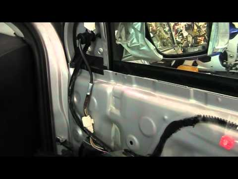 How to Replace or Remove a 2014, 2015 Toyota Corolla Side View Mirror