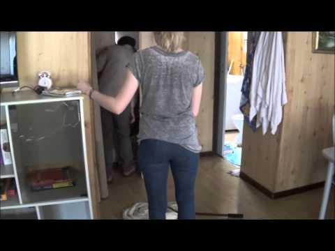 Catching a Eastern Brown Snake in the House / South Australia
