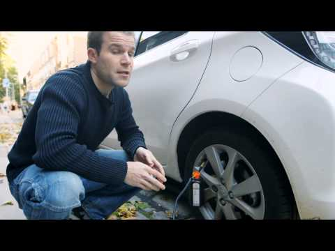 How to use a tyre repair kit - Which? guide