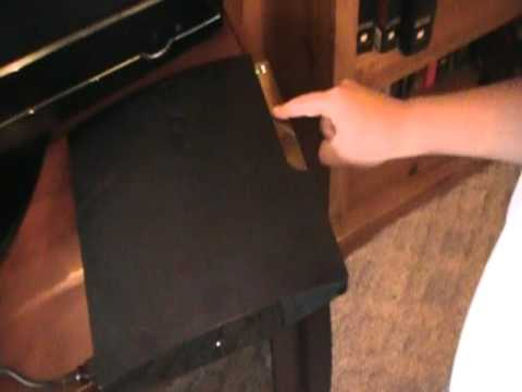 How to clean your PS3 without opening it