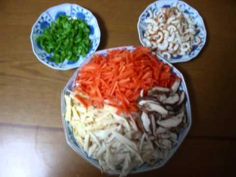 Sushi: How to Make Chirashizushi and Temakizushi
