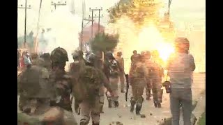 Security forces fire pellets as clashes erupt in Srinagar Valley on Eid ul-Fitr