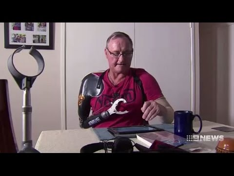 Centrelink tells severely disabled Ipswich man with one arm to get a job