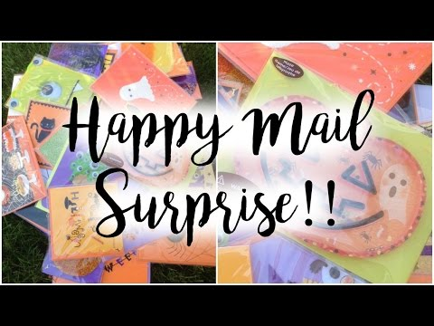 Surprise Happy Mail | Papyrus Halloween Cards and Flipbook!