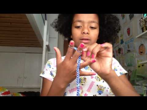 How to make a choker out of loom bands