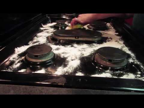 How to Clean the Stovetop with Baking Soda (Take 2)