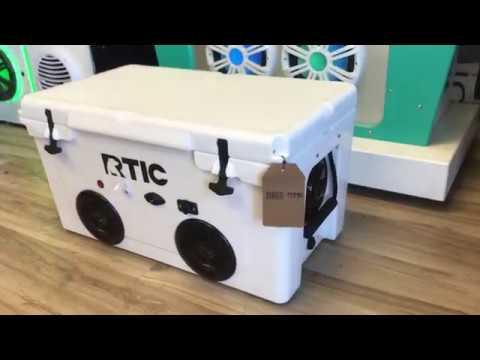 65qt RTIC Cooler Radio 600 Watt Amp 4-150 Watt Speakers