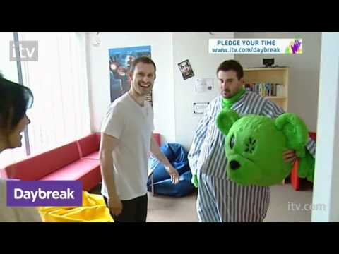 Corrie stars Donate a Day | ITV