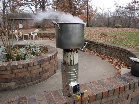 DIY vortex gasifier cookstove from coffee cans