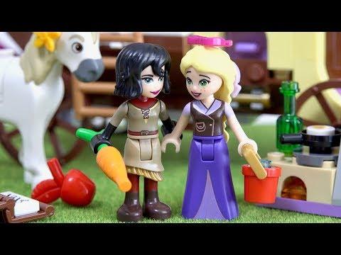 LEGO Disney 41157 Rapunzel's Traveling Caravan - Tangled The Series Rapunzel Cassandra Maximus