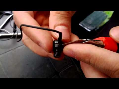 How to dismantle Sennheiser earbuds