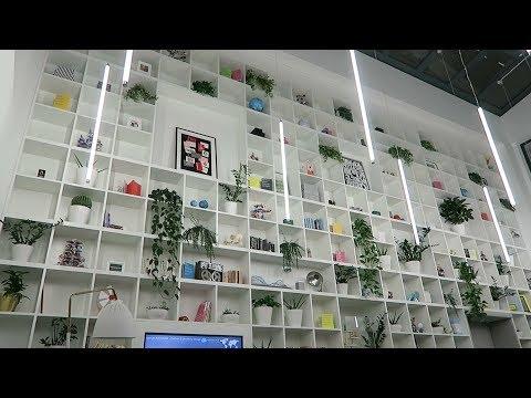 Inside Moo's Office | Unemployed Vlog #04