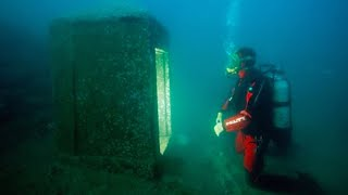 12Strangest Things That Nearly Stopped Divers Hearts