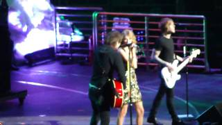 Two Is Better Than One  Boys Like Girls Ft Taylor Swift  Jingle Ball Nyc 121109