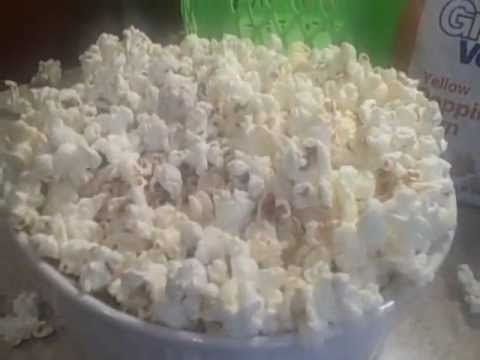 Bagless Microwave Popcorn - Healthy and Easy!