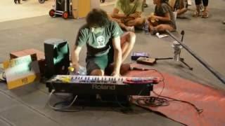 Amazing Street Performance Techno Live/Trance/House