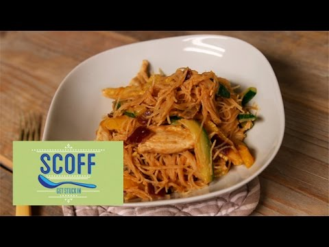 Peanut Butter Chicken Noodles Recipe | Joe Wicks The Body Coach