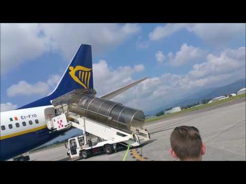 Tripreport - Full Flight - Full HD - Ryanair Boeing 737-800 - Bergamo - Bremen