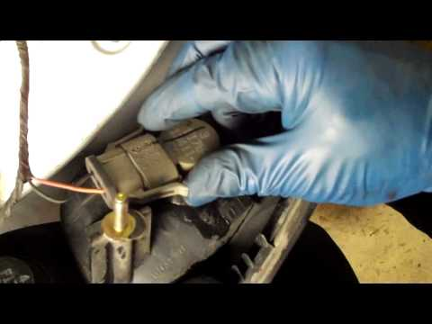 How to Change a Tail Light or Brake Light Ford Taurus