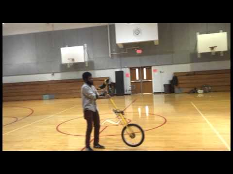 first time giraffe unicycle free mount