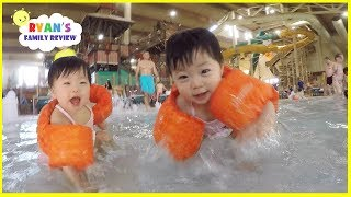Babies and Kids Family Fun Pool Spash Pad and Water Slides! Family Fun Vacation