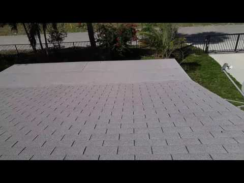Cleaning a shingle roof the right way