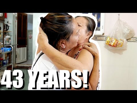Miracle! Zero Contact With Her Family for 43 years... until now... (EPIC FAMILY REUNION in VIETNAM)