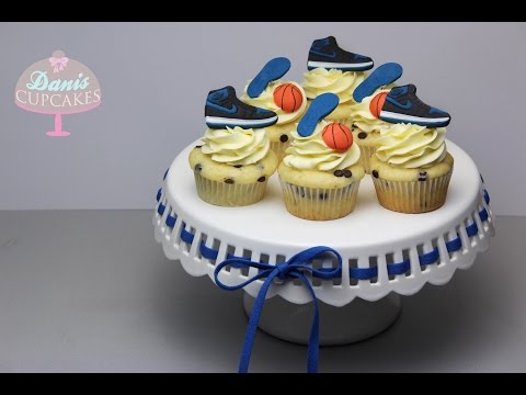 Jordan 1 OG Royal Chocolate Chip Sneaker Cupcakes | + on Feet  | Danis Cupcakes