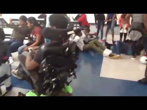 mannequin challenge got every 8th grade student
