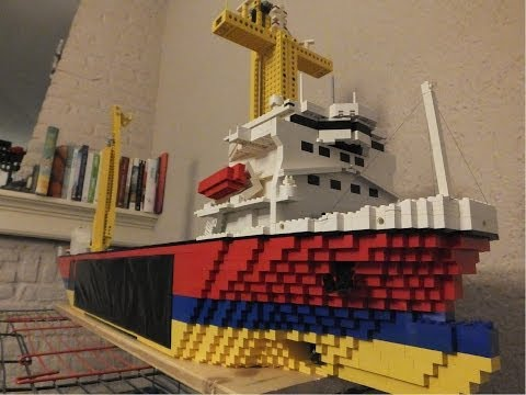 How to make a floating lego boat