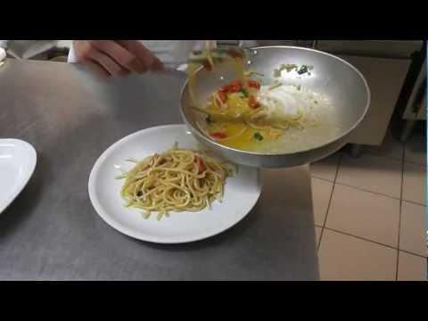 Dado Mister chef (Pici lardo e pomodorini)