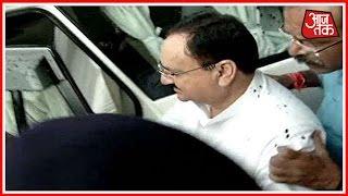 Furious AIIMS Students Throw Ink At Health Minister JP Nadda In Bhopal