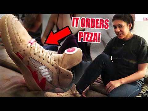 I ordered pizza with my shoe...    #NIRL