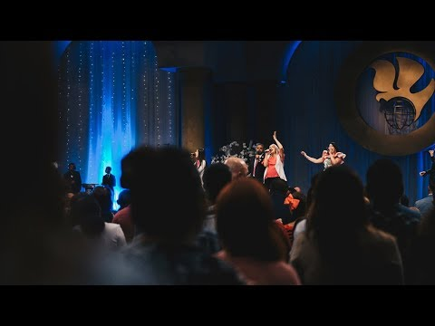 Let the Heavens Open (live) - New Wine | King Jesus Ministry