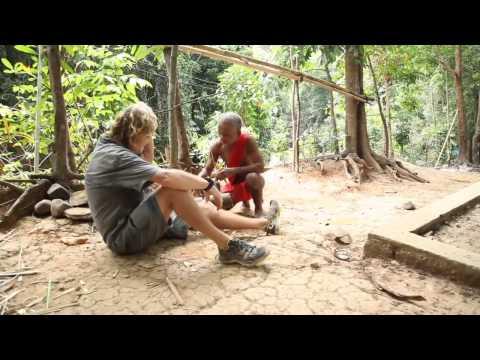 Wil Davies, Tata Kasoy and monkey trap
