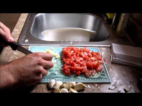 10 Minute Tomato and Garlic Pasta Recipe