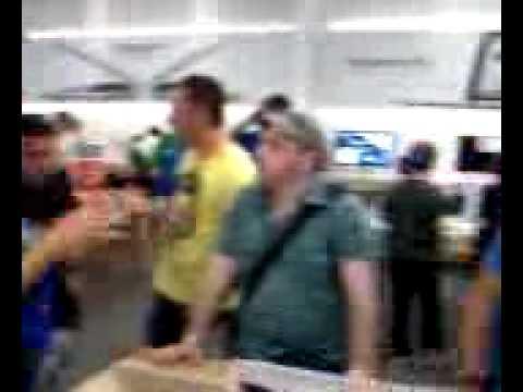 CheapBannerUSA.com at apple store (genius bar)