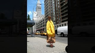 Guy can walk around on his head...