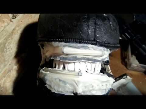 Alien costume jaw test