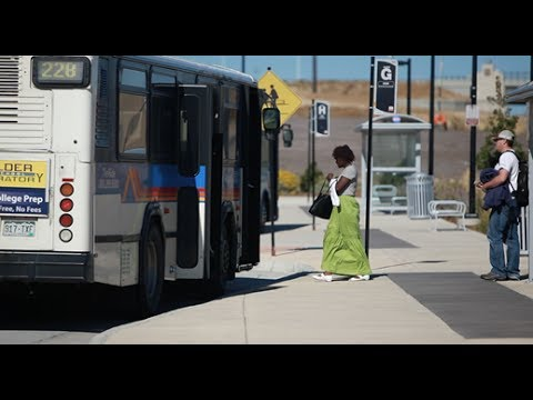 Keeping America on the Move: The Federal Transit Administration's Bus Program