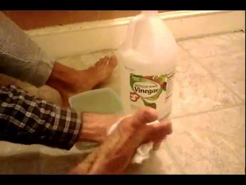 Embarrassed about yellow, crusty, cracked toenails, heels, toes, and feet? DAILY vinegar soak