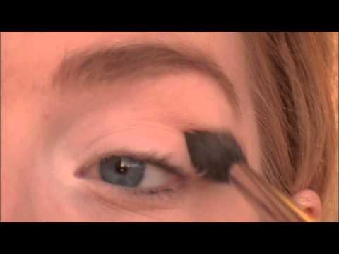 Tutorial Tuesdays: Mad Men Inspired Makeup