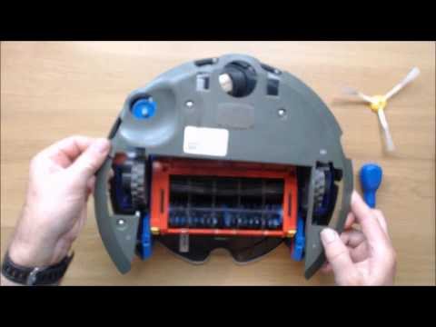 How to replace the battery in an iRobot Roomba 500 series vacuum cleaner