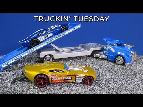 Truckin' Tuesday! Hot Wheels Racing Rigs Nitro Doorslammer Transport
