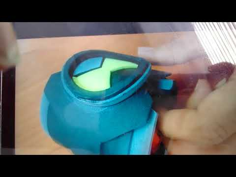 How to make the Omnitrix