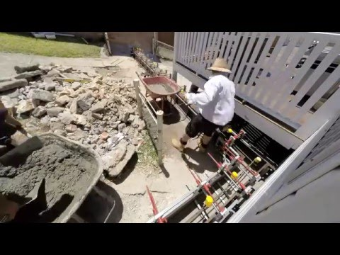 Building a concrete retaining wall using Wallworker formwork
