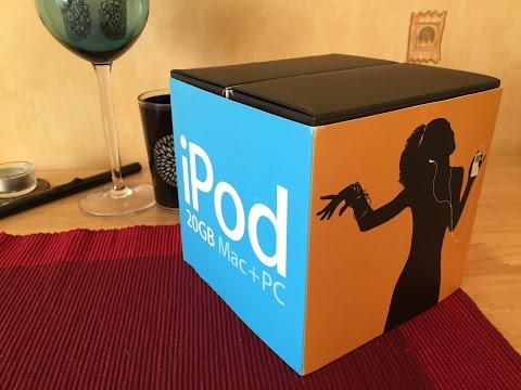 Apple iPod classic 4th generation 2004 unboxing